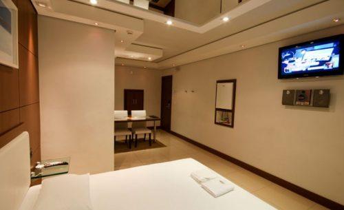 Conheça a Suíte Standard Premium do Opium Motel e garanta já a sua reserva