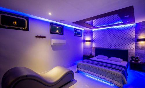 Conheça a Suíte Trancoso Premium do Opium Motel e garanta já a sua reserva